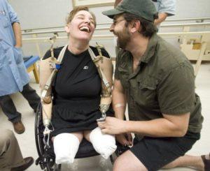 После родов женщина лишилась рук и ног