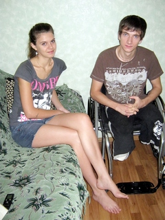 инвалид знакомства девушка костыли