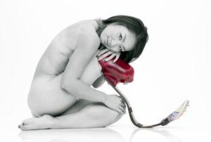 Майя Наканиши позирует обнаженной, чтобы поехать на паралимпиаду в Лондон