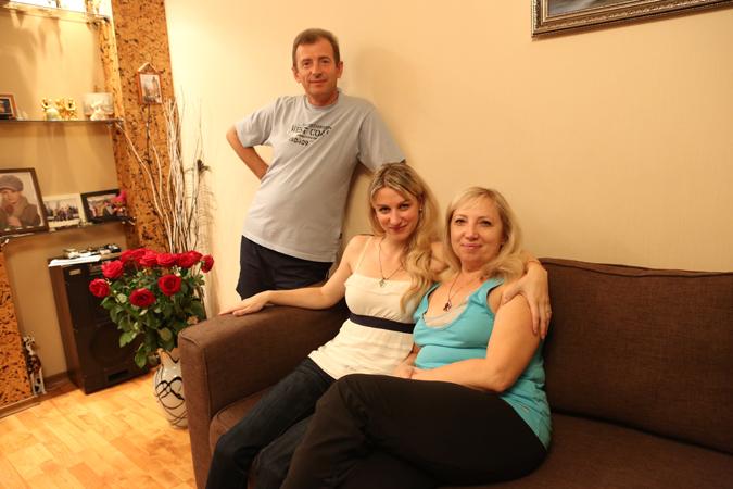 Родители Ирины делают все, чтобы их дочь как можно быстрее вернулась к полноценной жизни