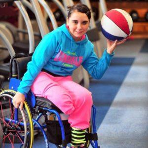 Одноногая девушка просит ампутировать вторую ногу ради спортивных рекордов