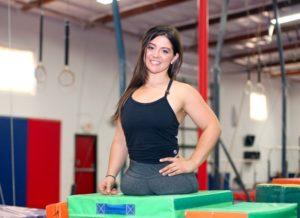 Родившаяся без ног девочка стала чемпионкой по спортивной гимнастике