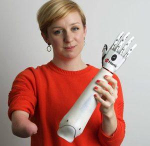 Специально разработанный протез для женщин