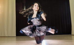 Девушка без рук и ног примет участие в конкурсе красоты