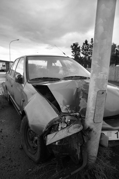 Саша попала в автомобильную аварию, после того как закончила третий курс университета