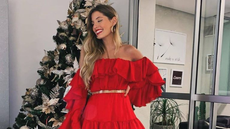 Paola Antonini at the Christmas tree