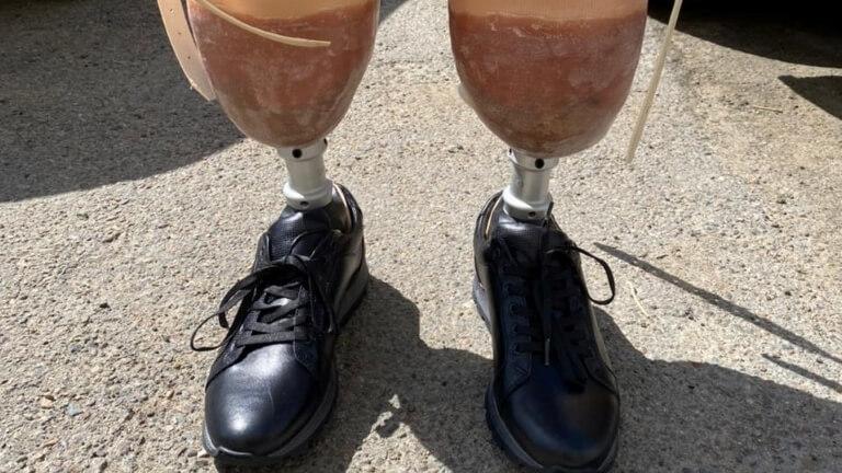 Продам протезы ног